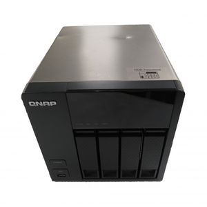 QNAP TS-420 4 Bay NAS Enclosure (4X 500GB Hard Drives)